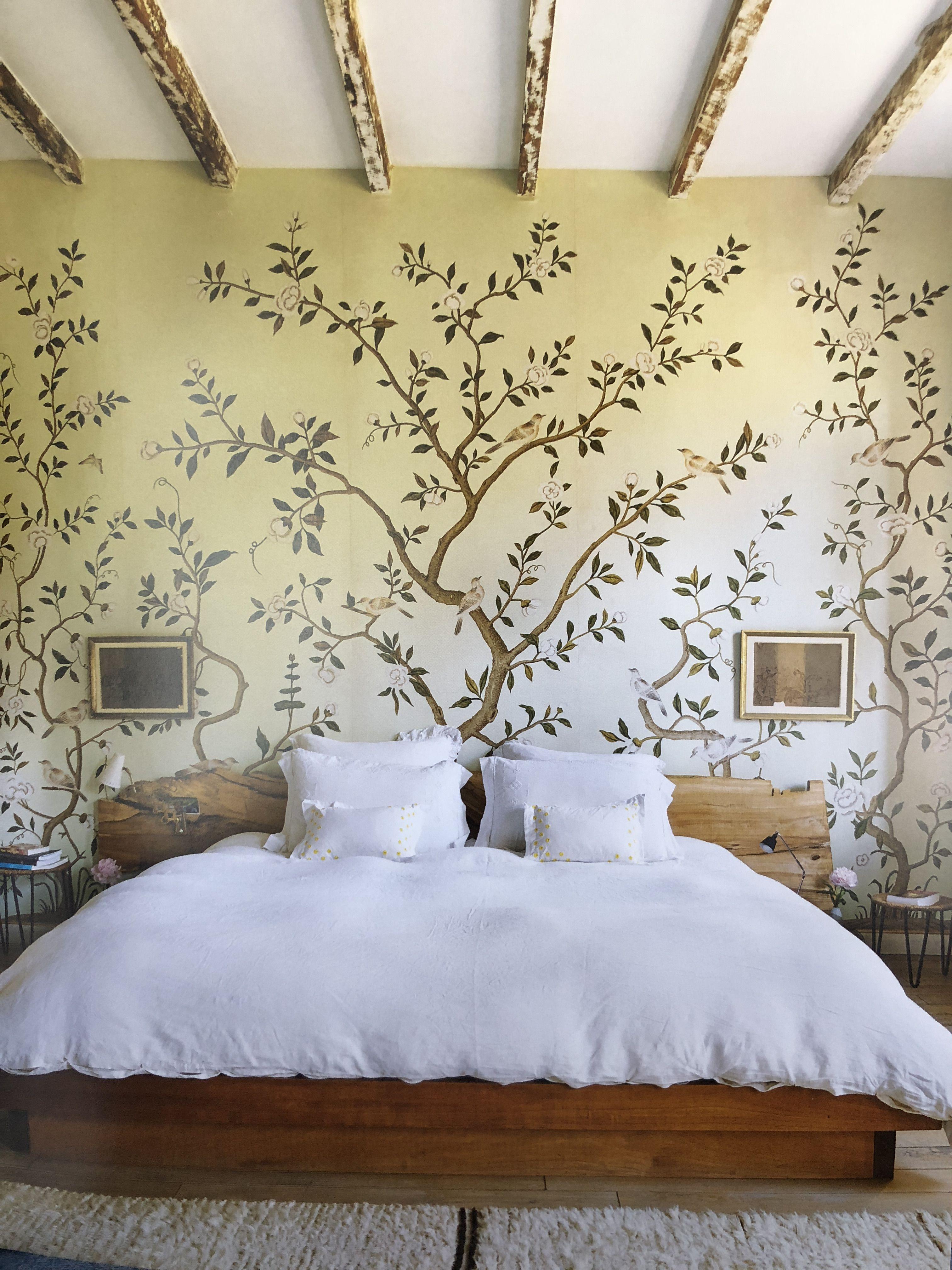 Amanda Brooks Master Bedroom With De Gournay Tree Of Life