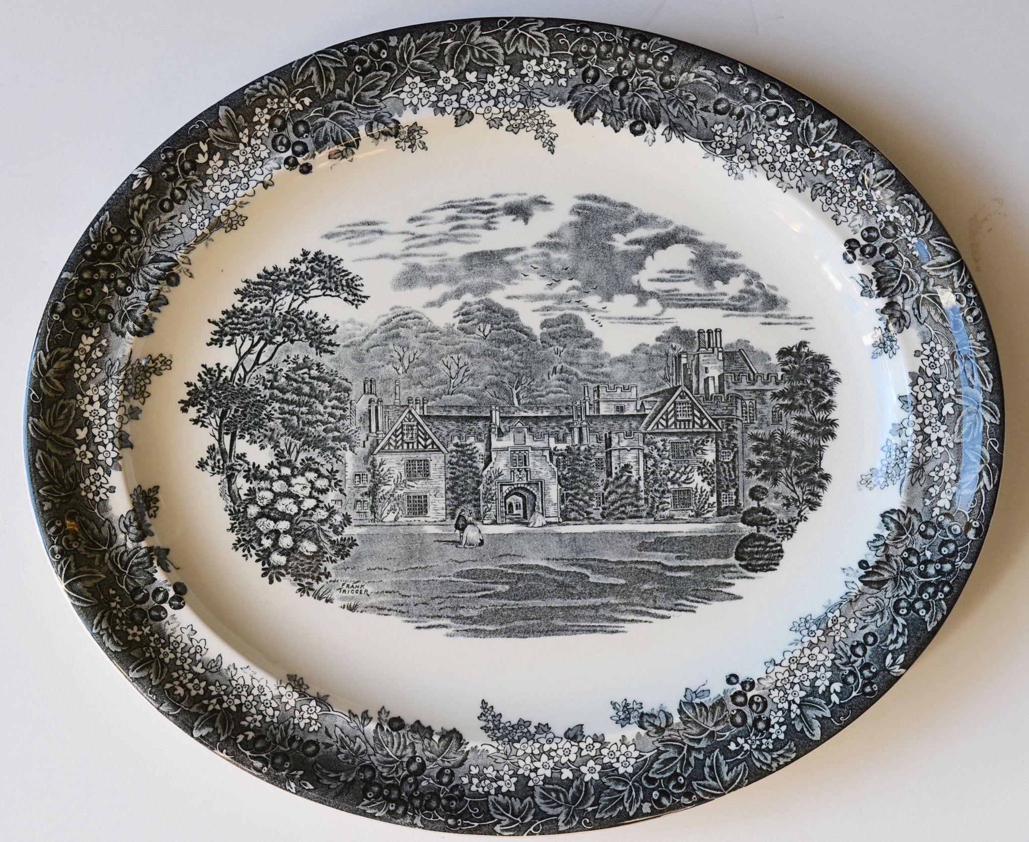 Wedgwood English Black Toile Transferware Platter Country Manor House Flowers Berries
