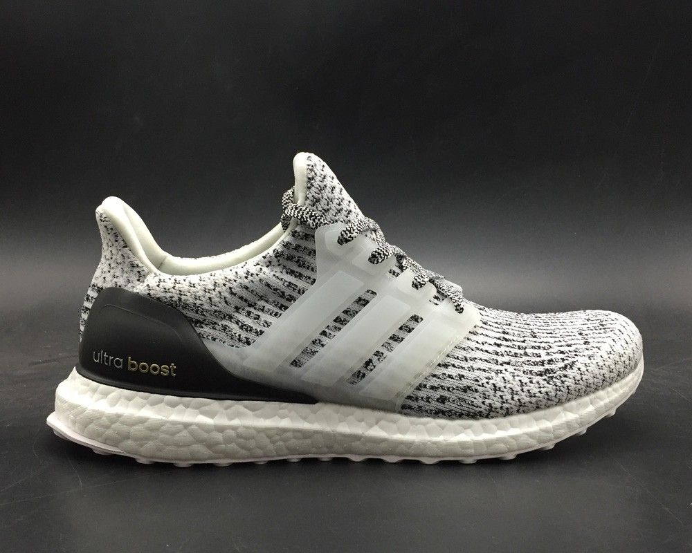 160e1820a 2019 的 adidas Ultra Boost 3.0 Oreo White Black For Sale