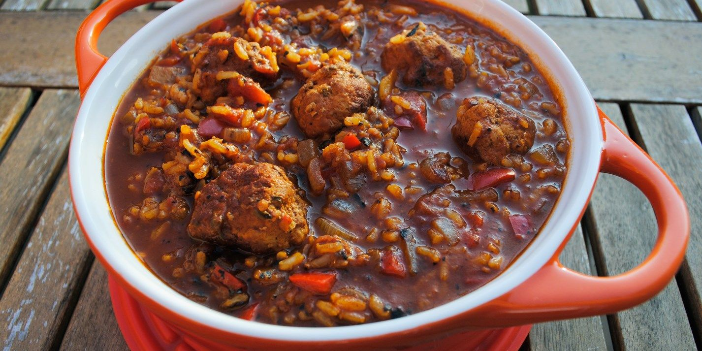 A hearty one-pot recipe from Dannii Martin. She shows how ...