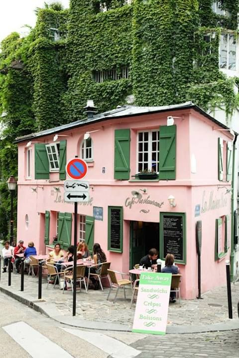 Cafe La Maison Rose, Paris