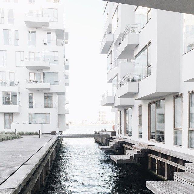 Elsker at bo på Havneholmen 🙌 ♡ #white #blackandwhite #interior #indretning…
