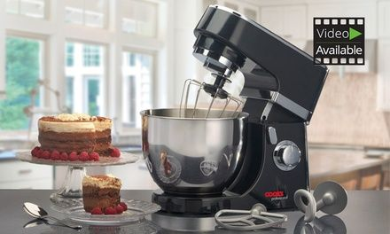 This powerful 800W stand mixer boasts a 5L stainless steel bowl and six-speed settings to make light work of home baking