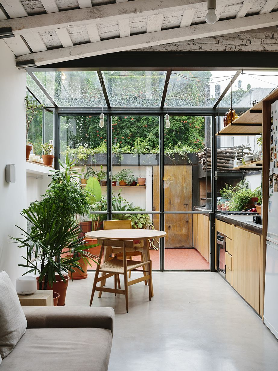 Photo 2 of 11 in An Architect Turns His Small, Dark Apartment in ...