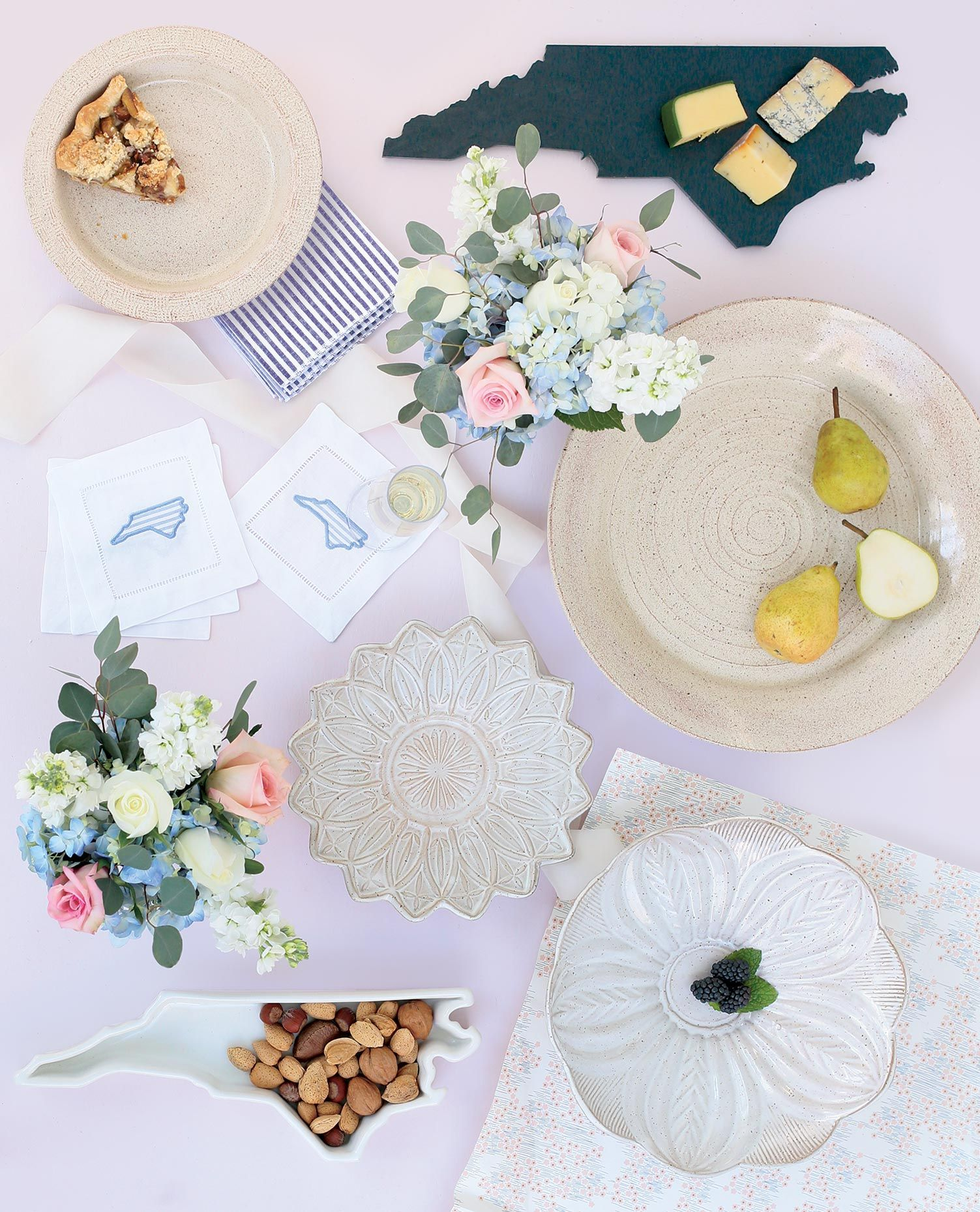 Gifts for couples tying the knot in North Carolina. Shop
