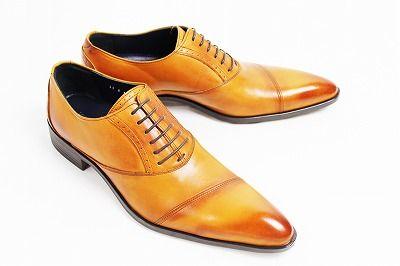 Queen Classicoの靴