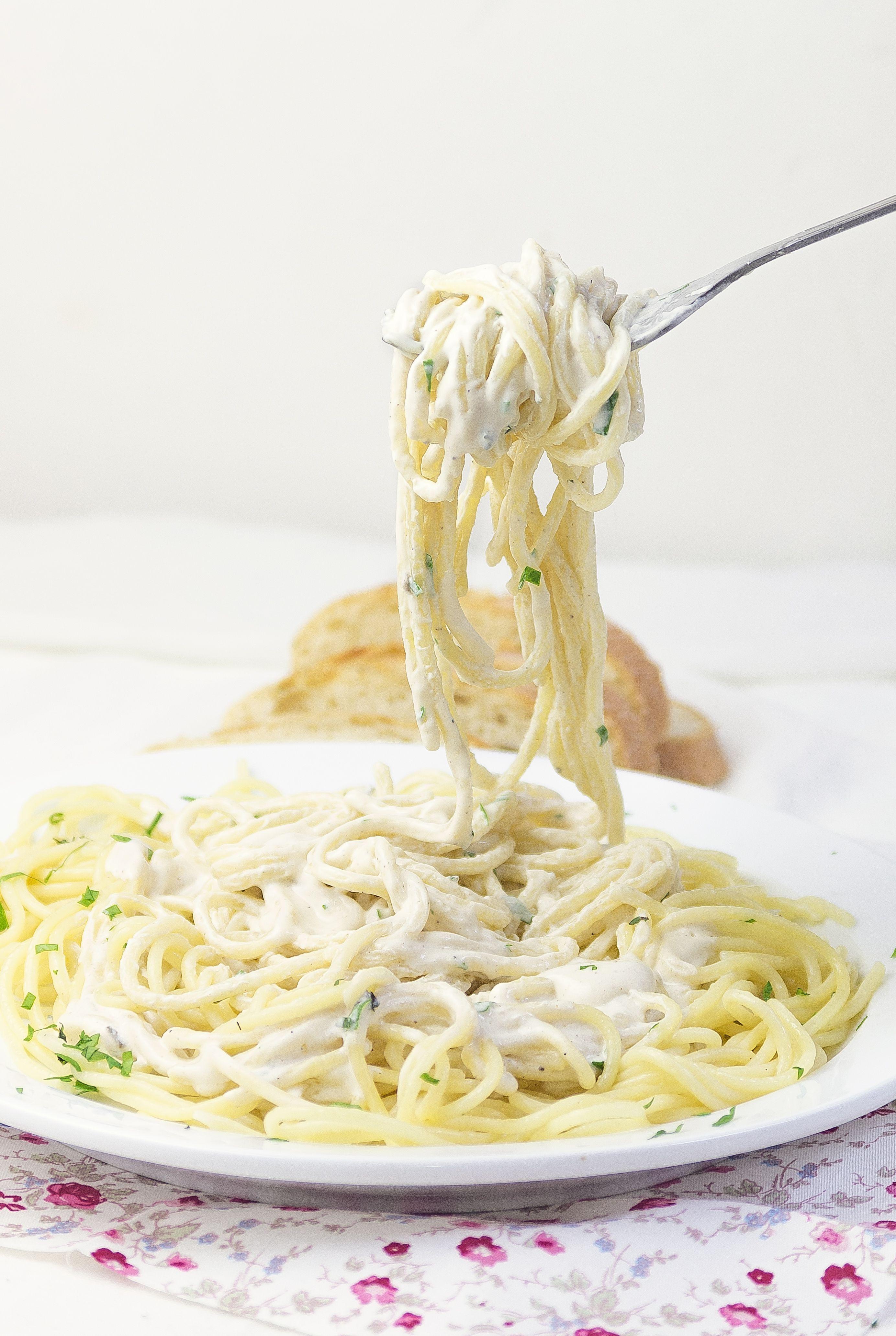 Easy Vegan Nutritional Yeast Pasta Recipe Recipe Nutritional Yeast Recipes Dairy Free Pasta Vegan Recipes With Nutritional Yeast