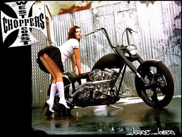 Pasión a dos ruedas: Chicas & Motos