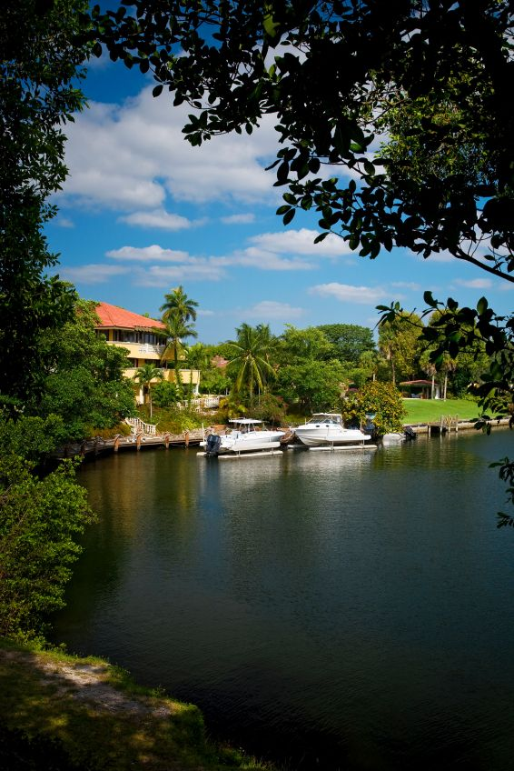 Coral Gables homes on the waterway are great for paddle boarding and the Bay is just a few minutes away!