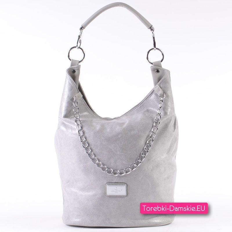 2203d760feaae Szaro - srebrna torebka damska z łańcuszkiem ozdobnym - model średniej  wielkości