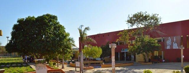 Hoy es Noticia - Rosita Estéreo: Comisión del Ministerio de Educación Nacional visi...