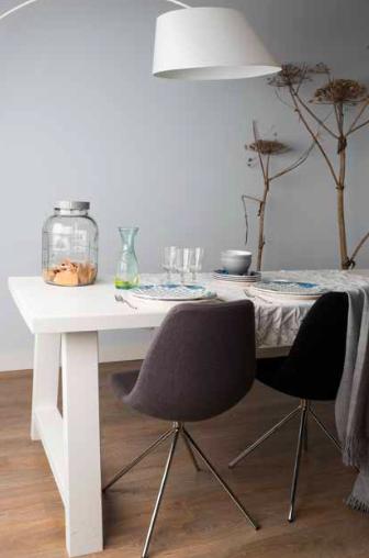 A framed witte eettafel eetkamertafel en for Eettafel stoelen wit leer