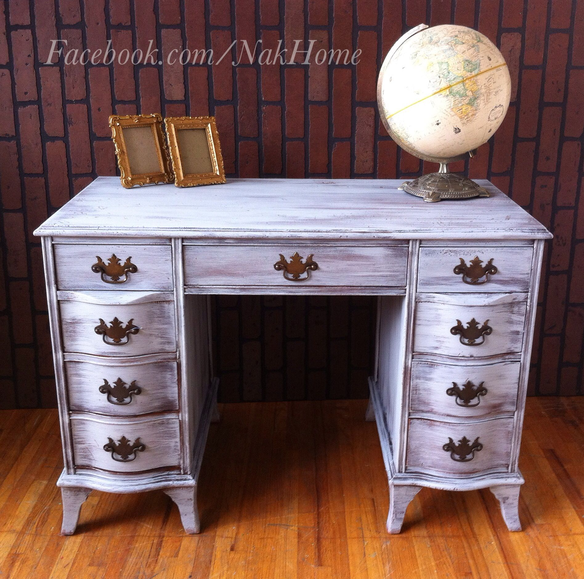 Furniture makeover shabby chic gray antique vintage vanity desk hand painted  with homemade diy chalk paint. Furniture makeover shabby chic gray antique vintage vanity desk