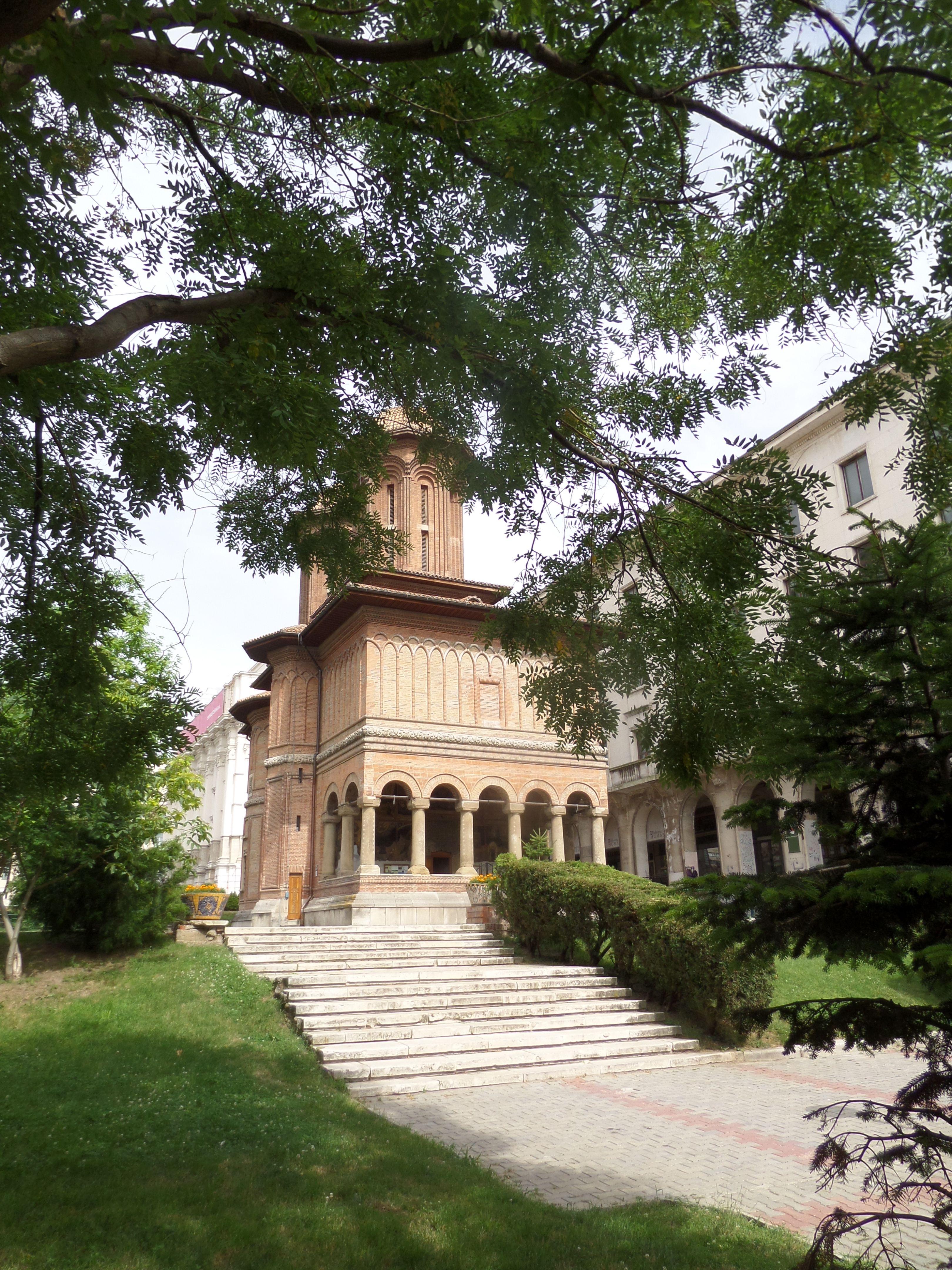 back of Cretulescu church, Bucharest