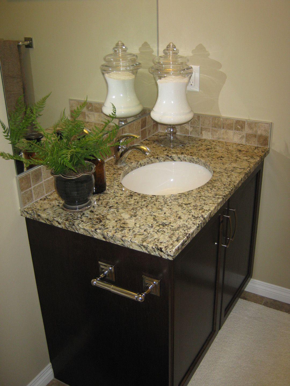 Excel Show Home In Airdrie Bathroom U2022 Venetian Ice Granite #venetian #ice # Granite