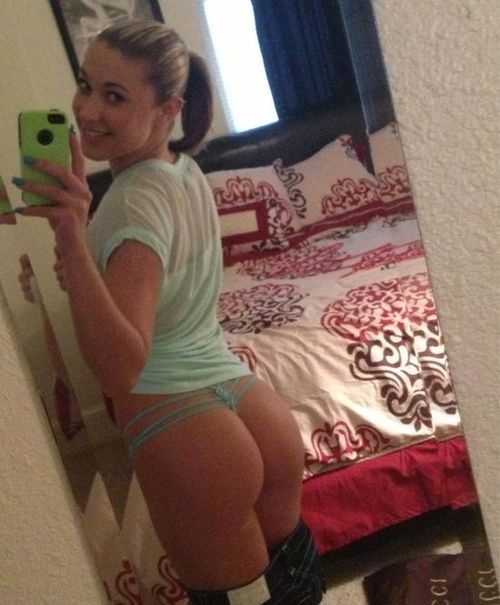 selfie Cute girl butt