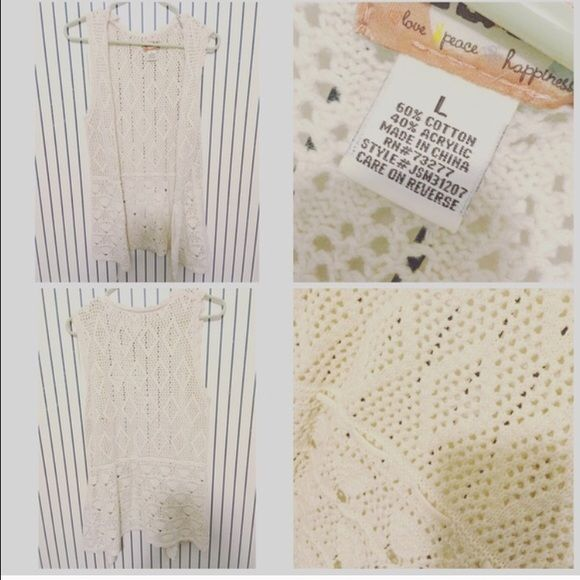 Knitted vest Cream color netted vest Tops