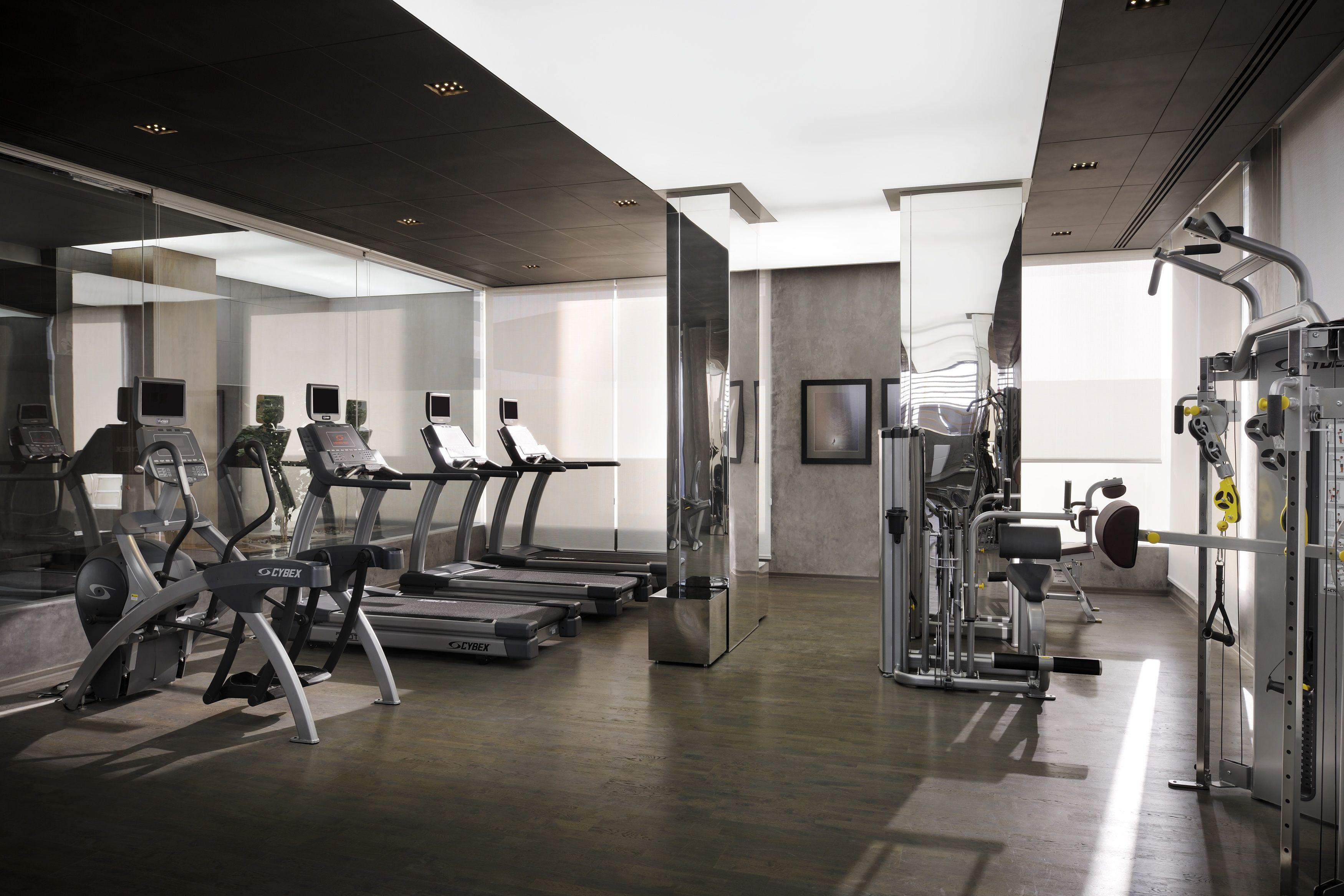 Hotel Gym Radisson Royal 5 Star In Dubai