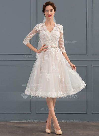 [€ 185.00] Knielanges Tüll-Brautkleid mit A-Linie und V-Ausschnitt und Schleife – das Haus von jj
