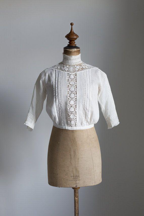 chemisier en coton blanc rêveuse des années par FlowersOfTheMeadow ...