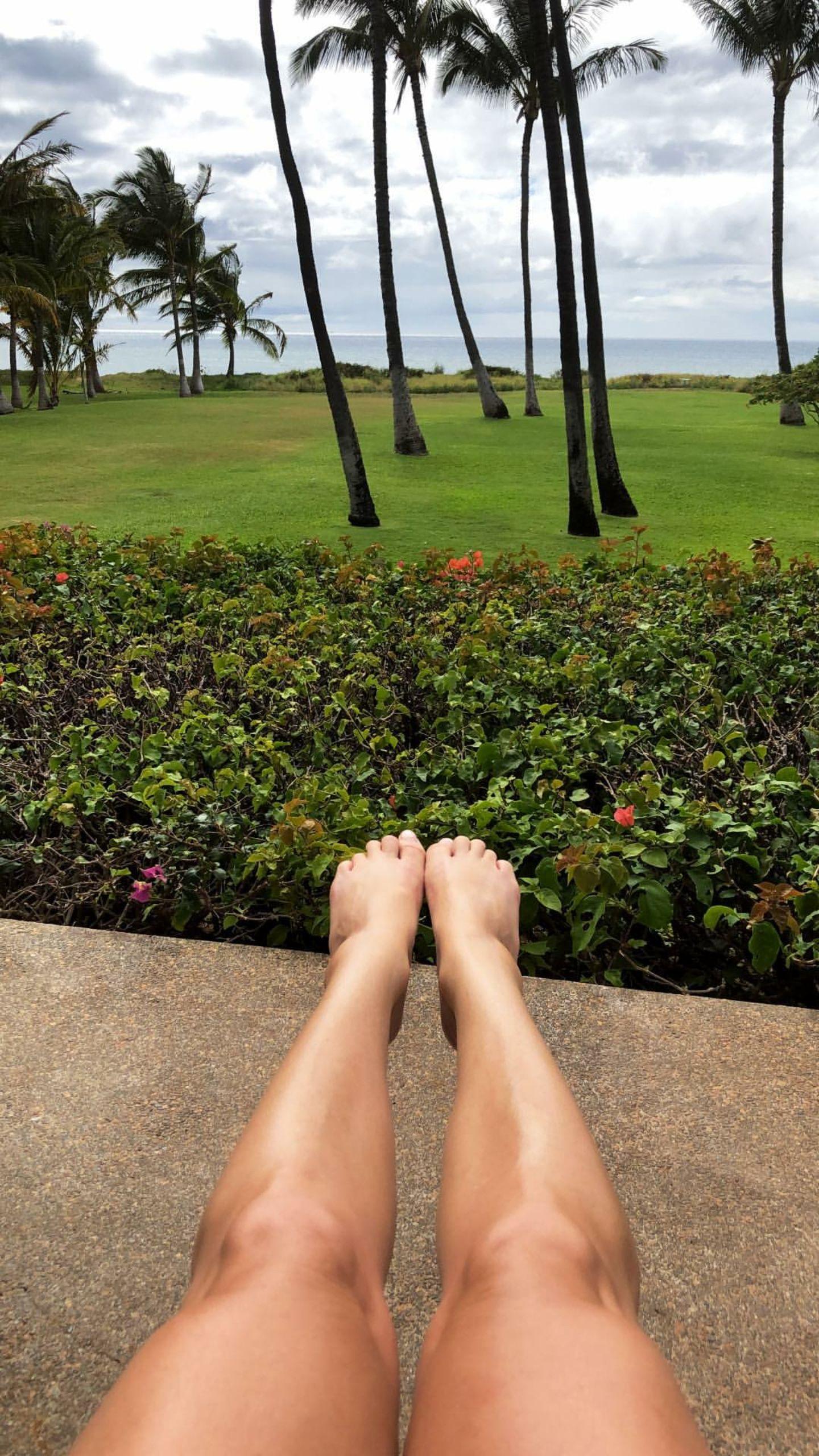 Tan blonde feet