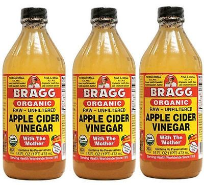 Treat Spot's ear infection with apple cider vinegar. More home remedies for dogs in this post. #ad #dogs