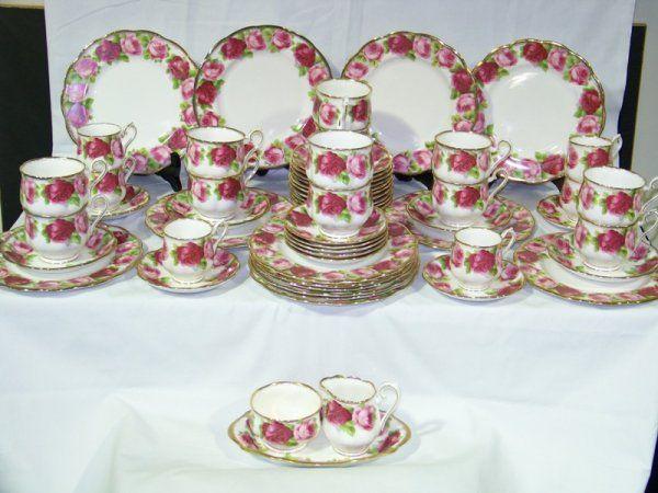 English Crockery Sets 58 Pc Royal Albert Old English Rose China Set English Roses China Sets Royal Albert