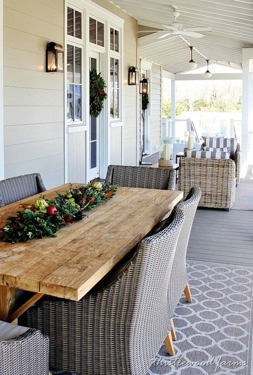 Southern Style Decorating Ideas From Southern Living With Images Patio Furniture Layout Patio Furniture Table Patio Decor