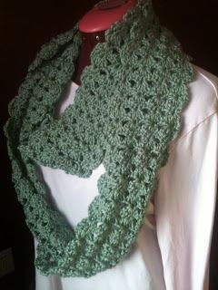 Shell Scarf Skinny And Wide Sweet Pea S Market Scarf Crochet Pattern Crochet Scarf Crochet Shell Stitch
