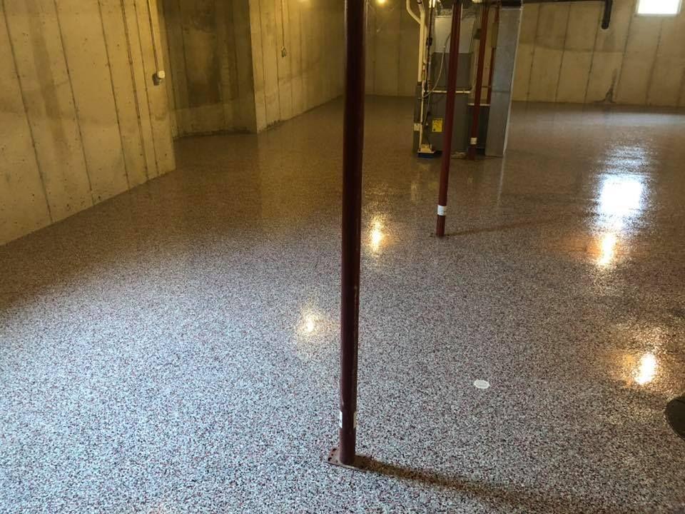 Epoxy Flake Basement Flooring (Buckeye Blend