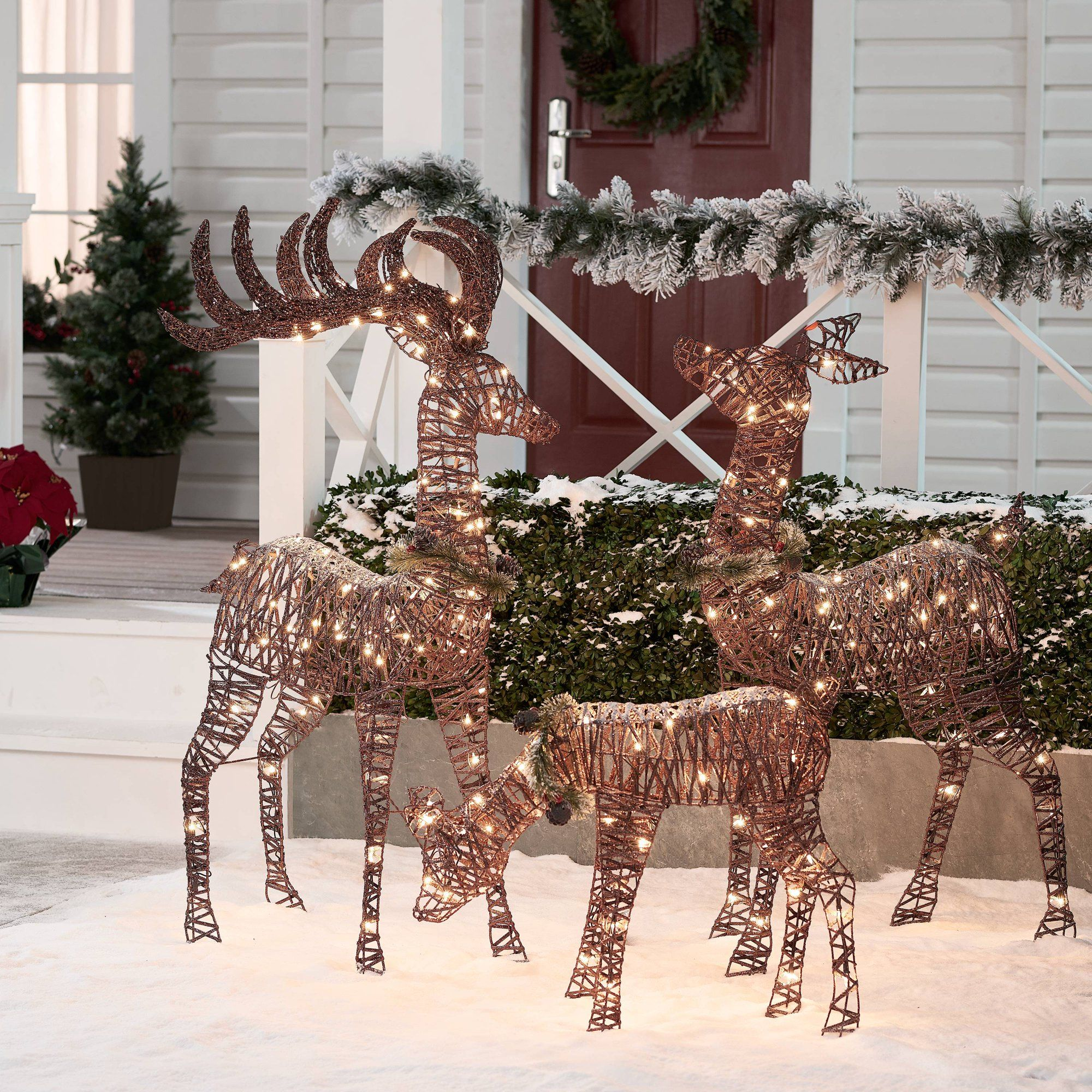 Holiday Time Light Up Outdoor 3 Piece Reindeer Family Decoration With Clear Lights Walmart Com Outdoor Christmas Reindeer Outdoor Christmas Lights Christmas House Lights