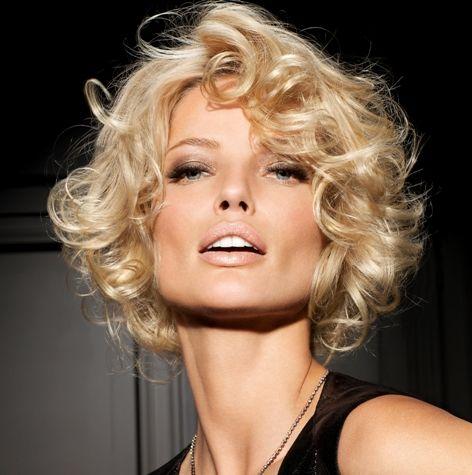 coupe au carr boucl e franck provost 2011 styl pinterest cheveux coiffure et coiffure. Black Bedroom Furniture Sets. Home Design Ideas