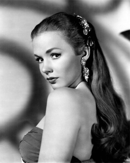 Piper Laurie #classicactresses