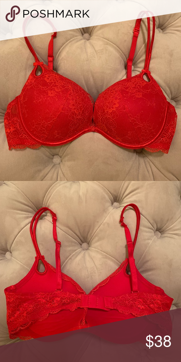 2f10701e0373a Victoria s Secret red sparkly bra NWOT NWOT... size 34C Victoria s Secret  Intimates   Sleepwear Bras