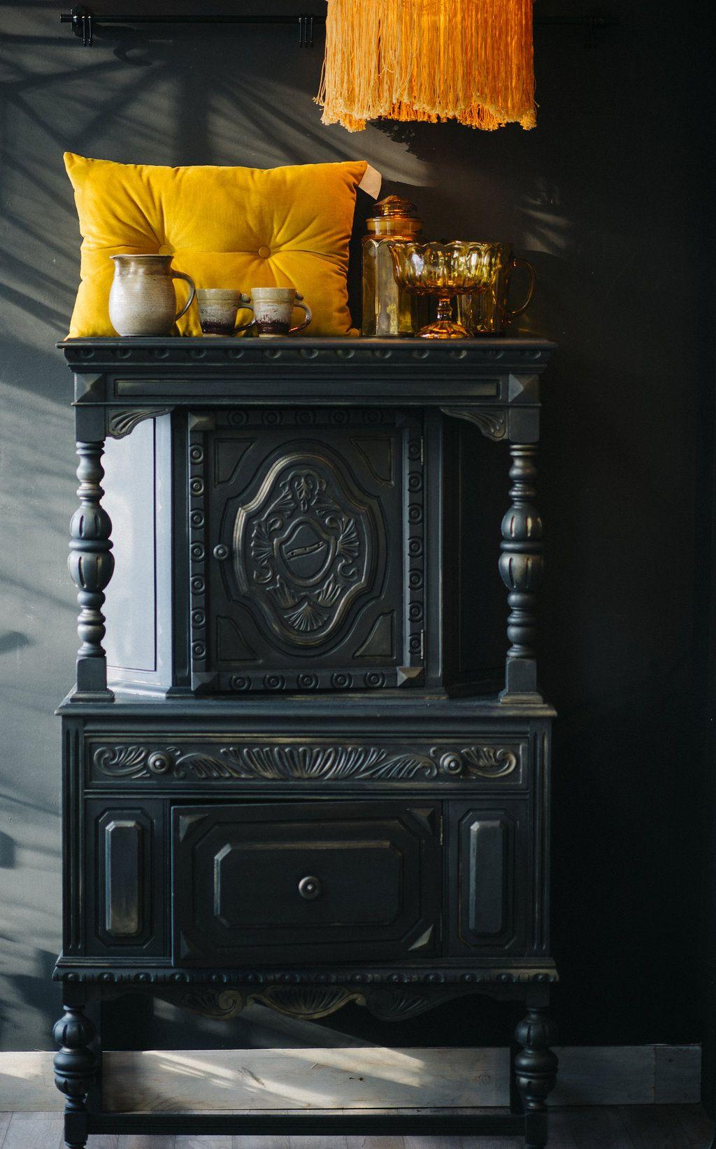 Superbe Buffet Tudor Revalorise En Graphite De La Chalk Paint