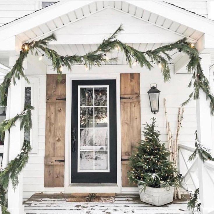 9 Scandinavian Inspired Winter Porch Ideas | Christmas porch, Outdoor christmas decorations, Outdoor