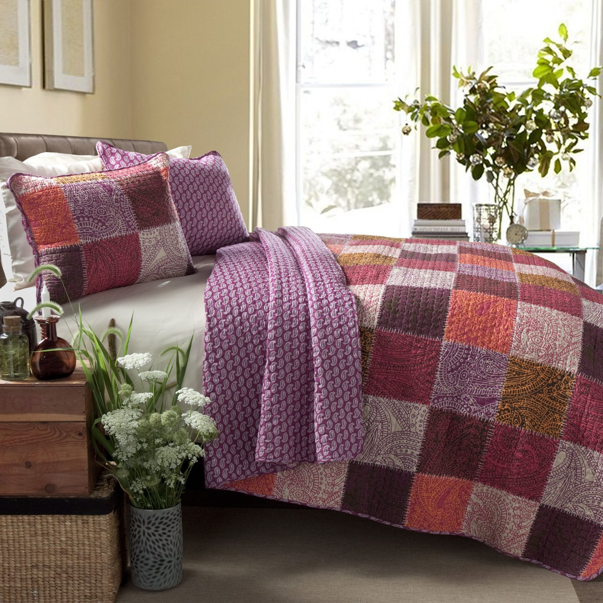 Special Edition By Lush Decor Paisley 3 Piece Patchwork Coverlet Set