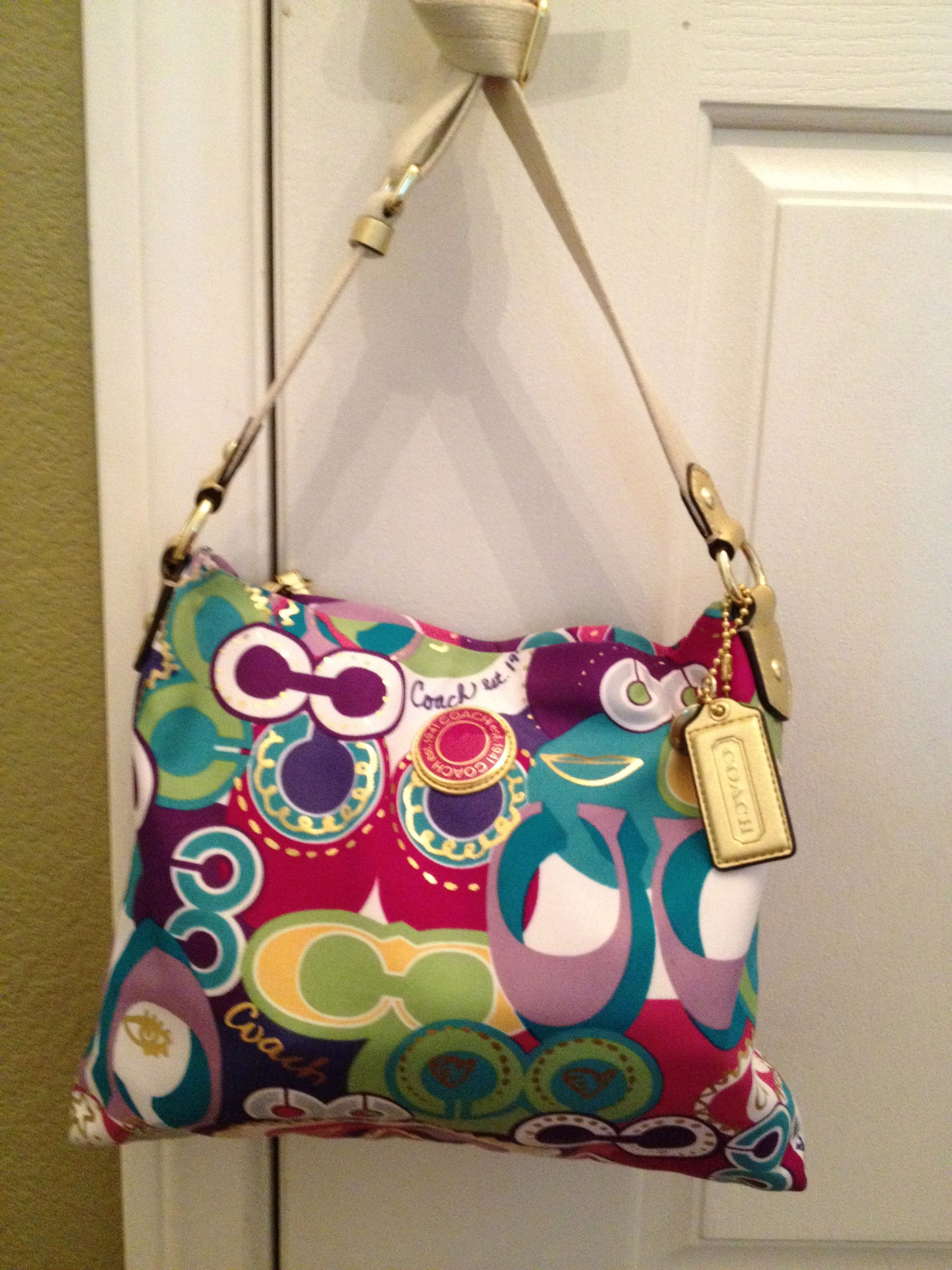 I Ve Always Wanted A Colorful Coach Purse For Spring Summer