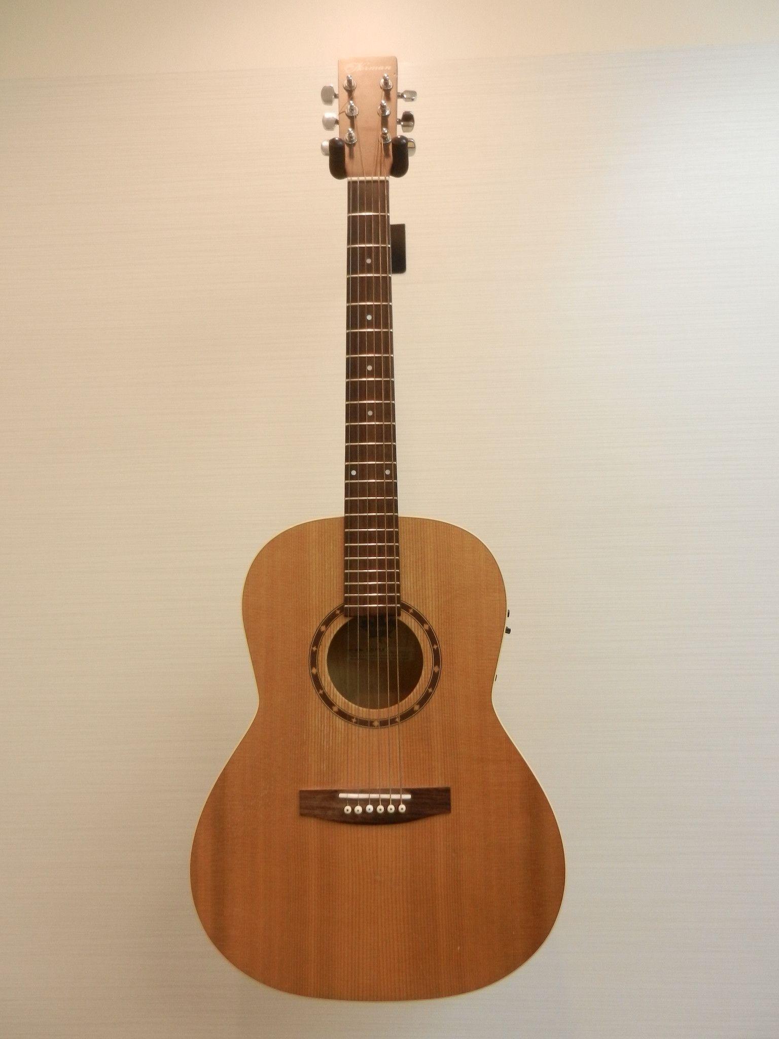 Norman B20 Left Handed Folk Guitar W Fishman Prefix Pro Onboard Preamp