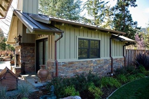 Pin By Chelsea Kavanaugh On For My Someday House House Paint Exterior Metal Roof Houses House Exterior