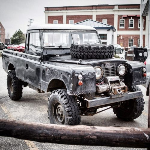 Landrover Defender Land Rover Series 109: Land Rover 109 Serie II A Pickup With Safari Top Cabine