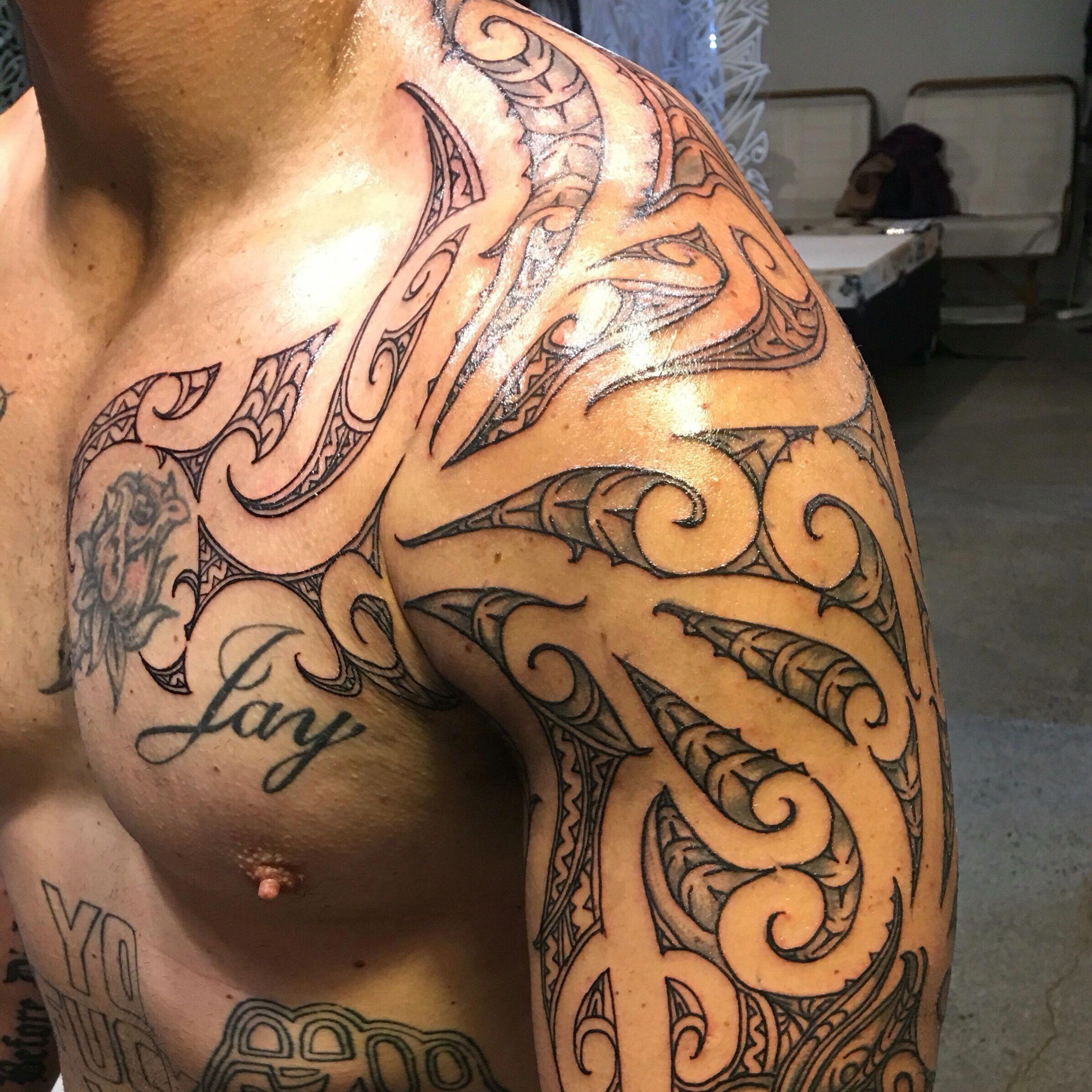 e1a2e29c69755 Reworked Ta moko shoulder #Maoritattoos Maori Tattoos, Body Art Tattoos,  Tribal Tattoos,