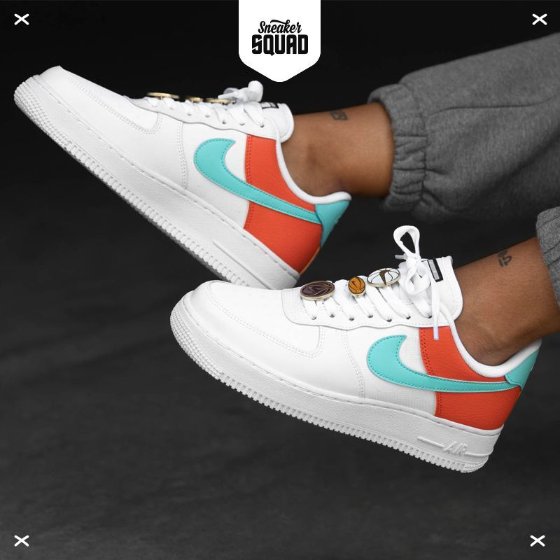 Air Force 1 '07 Se Sneakers in White,Aqua