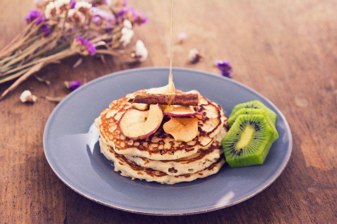 Apple and cinnamon pancakes.