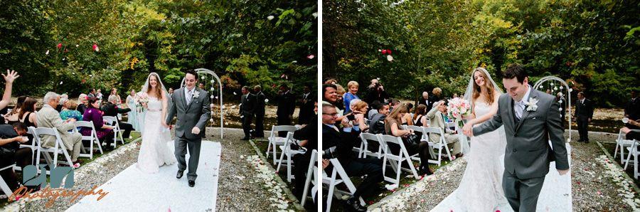Valley Green Inn Wedding Photos Lis Mike Wedding Photos Philadelphia Wedding Photographer Park Weddings