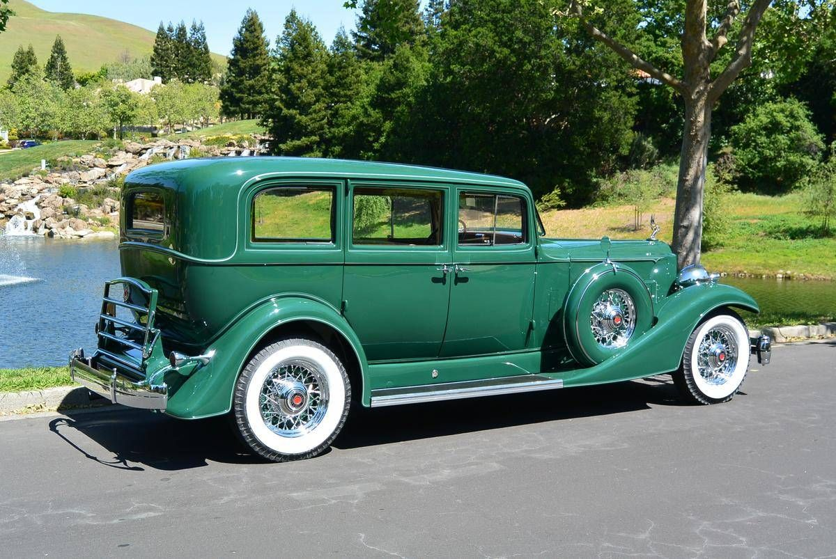 1933 Packard 1004 Super Eight 7-passenger Sedan