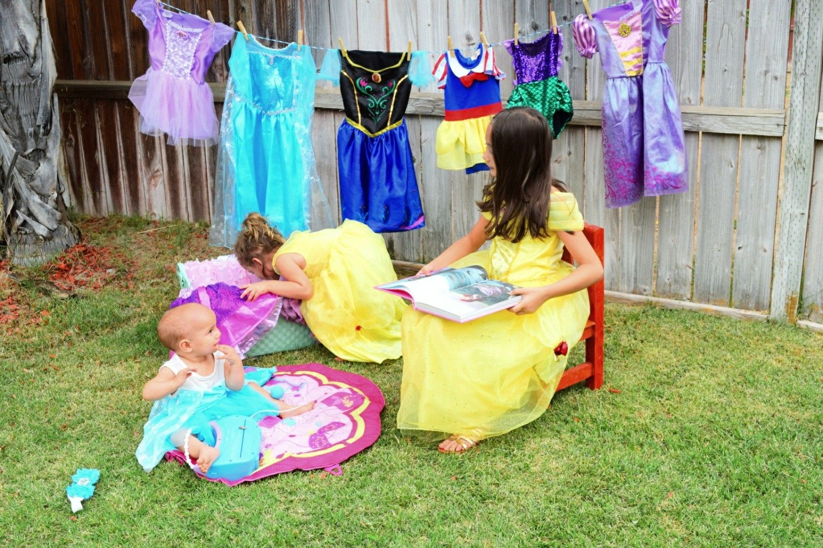 diy amateur photoshoot in my own backyard with my daughters