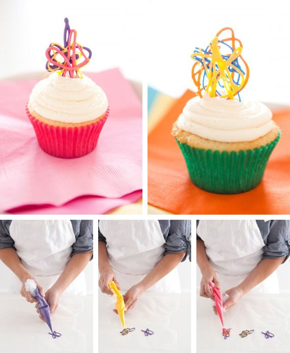 How to make cake decorating bags out of wax paper