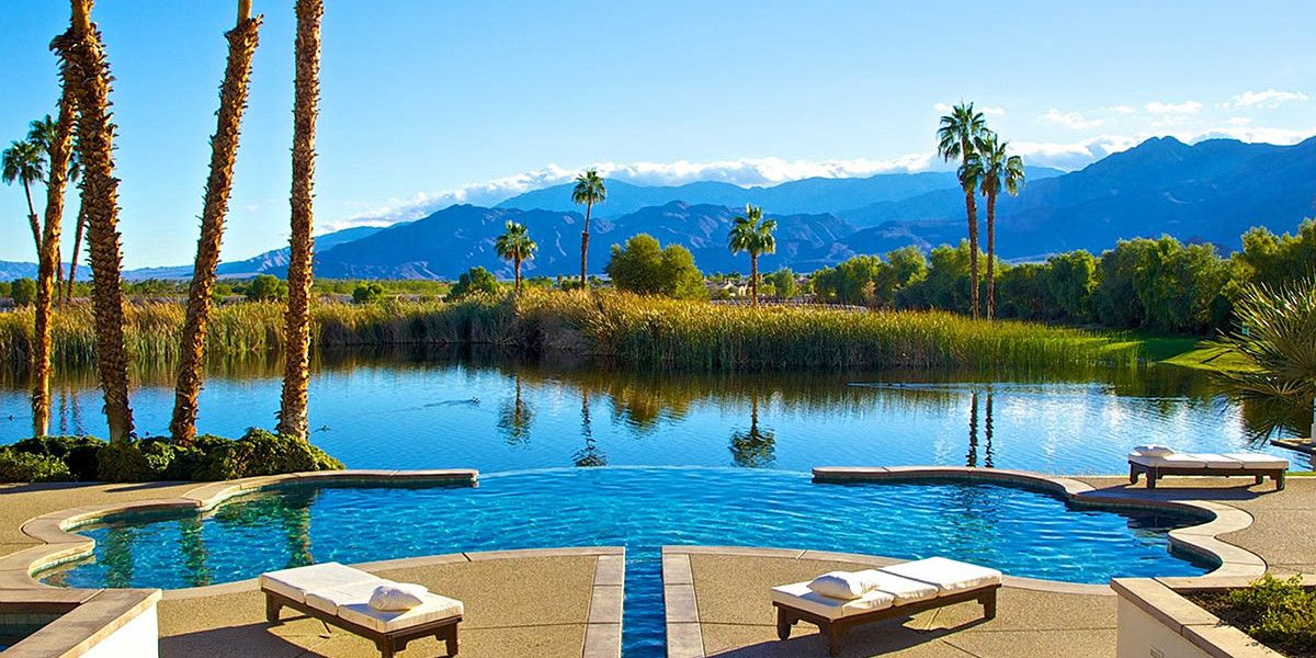 Famous Houses in Palm Springs - merv griffin estate 2