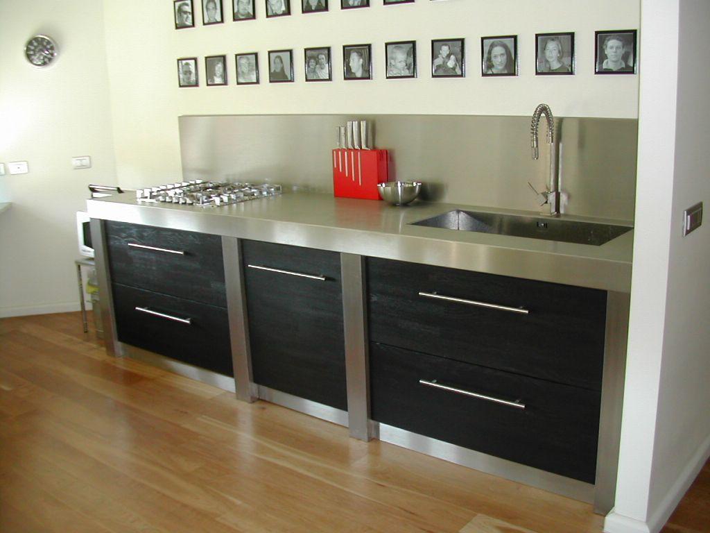 Cucina in acciaio e legno stefanopezziafornero